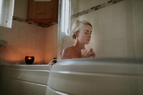 Epsom Salt Baths: Do Your Body a Favor | Pea and the Pod